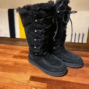 Ugg Whitley Lace Up Suede Black Boots